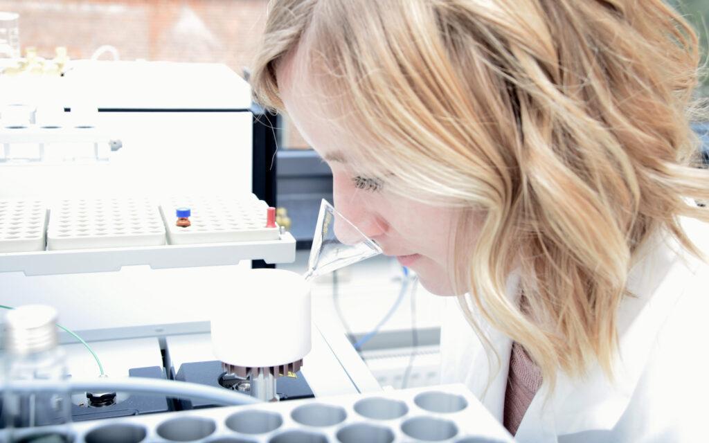 Molecular laboratory services