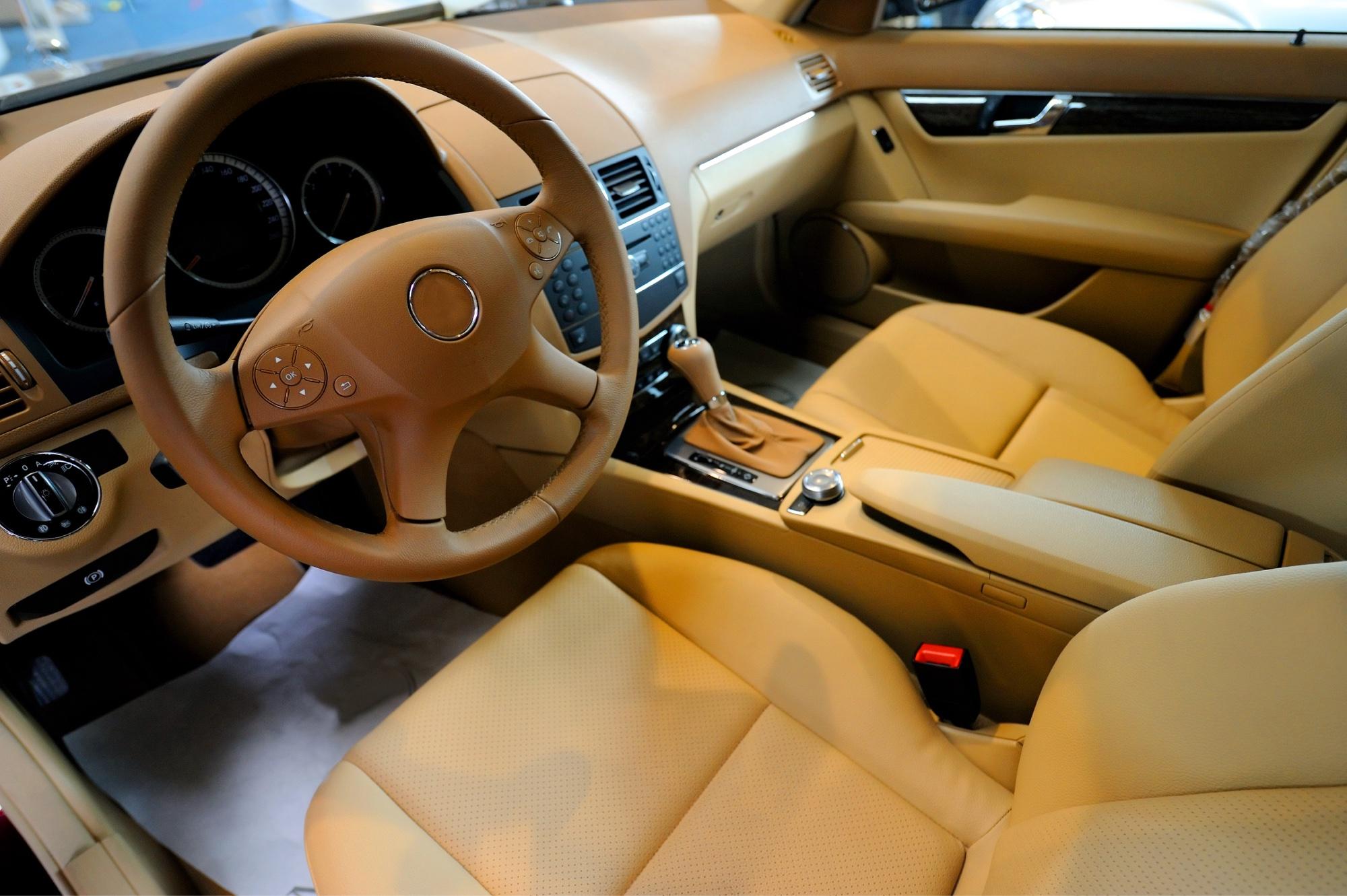 Odour testing automotive